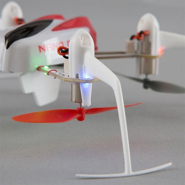 Дрон Blade Nano QX 3D за въздушна акробатика 4