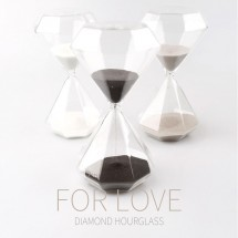 Пясъчен часовник диамант