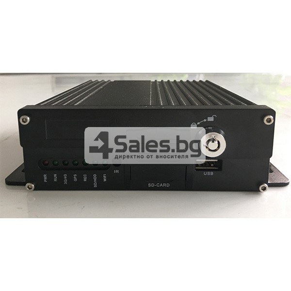 Видеорегистратор за автобус с 4G и GPS AC66 1