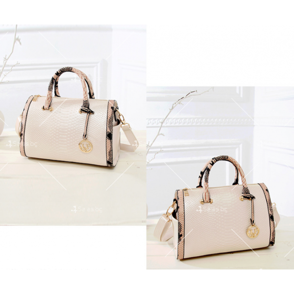 Чанта с декорация змийска кожа BAG38 2