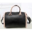 Чанта с декорация змийска кожа BAG38 7