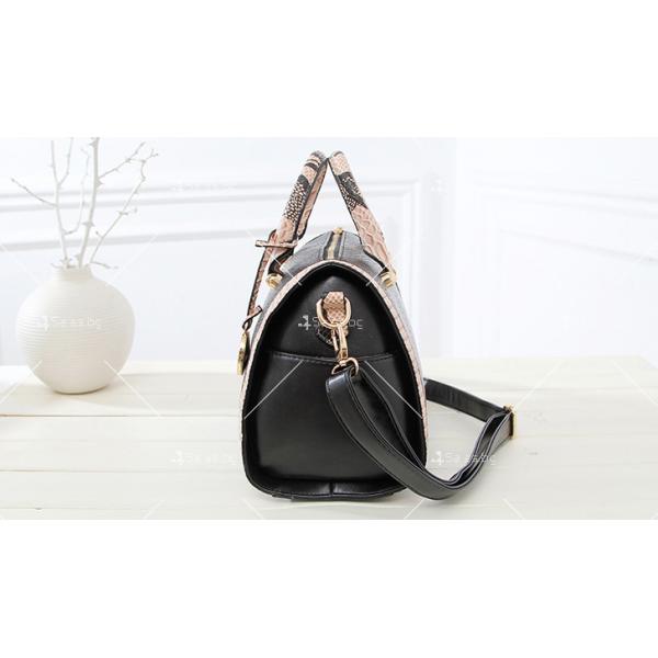 Чанта с декорация змийска кожа BAG38 8