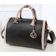 Чанта с декорация змийска кожа BAG38 19