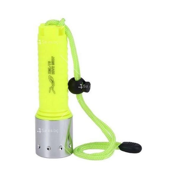 Фенер за водолази с издръжливост до 50 метра дълбочина FL73 11