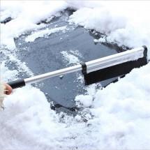 Разтегаема четка с две приставки за почистване на сняг от автомобила