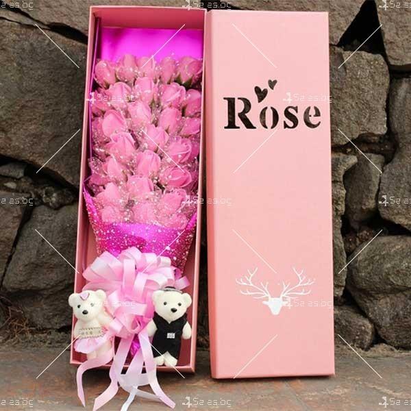 Букет от рози с влюбени мечета изработен от сапун BUKET33