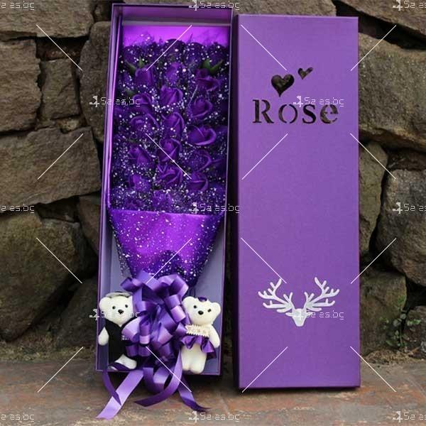 Букет от рози с влюбени мечета изработен от сапун BUKET33 2