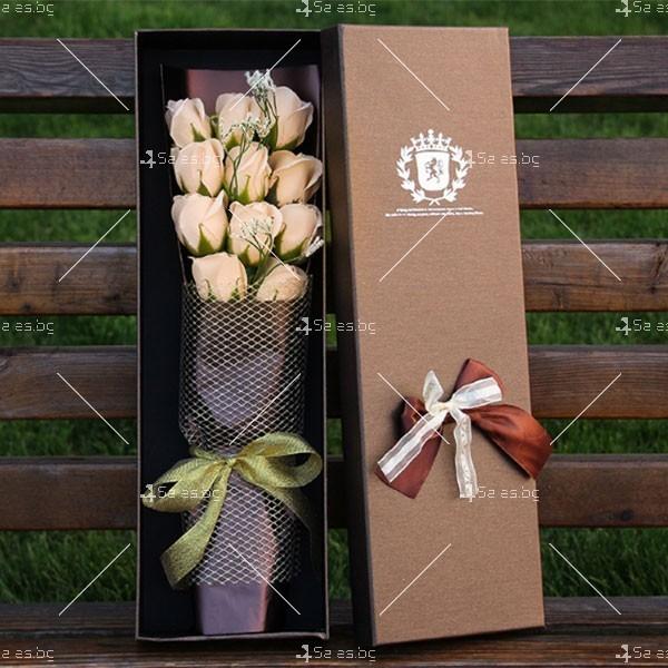 Прекрасен букет от сапунени рози BUKET11 2