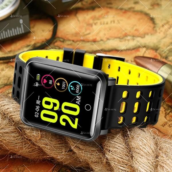 модерен и елегантен водоустойчив смарт часовник с цветен екран и Bluetooth SMW38 1