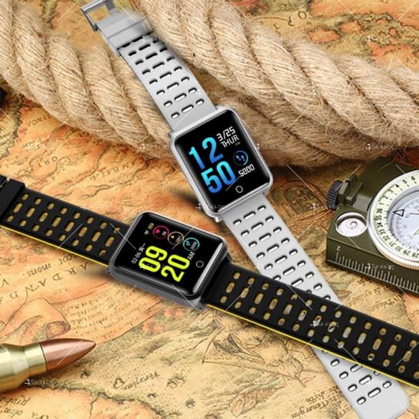 модерен и елегантен водоустойчив смарт часовник с цветен екран и Bluetooth SMW38 25