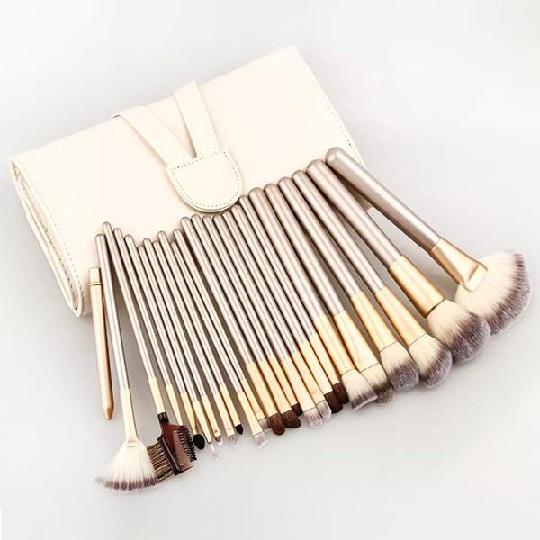 Комплект от 18 четки за гримиране в чантичка цвят шампанско HZS39 5