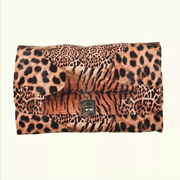 Комплект от 24 четки за грим в разгъваща се чантичка с животински десен HZS74 5