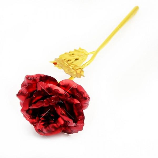 Изкуствена роза с 24-каратово златно покритие и стойка Сърце 41