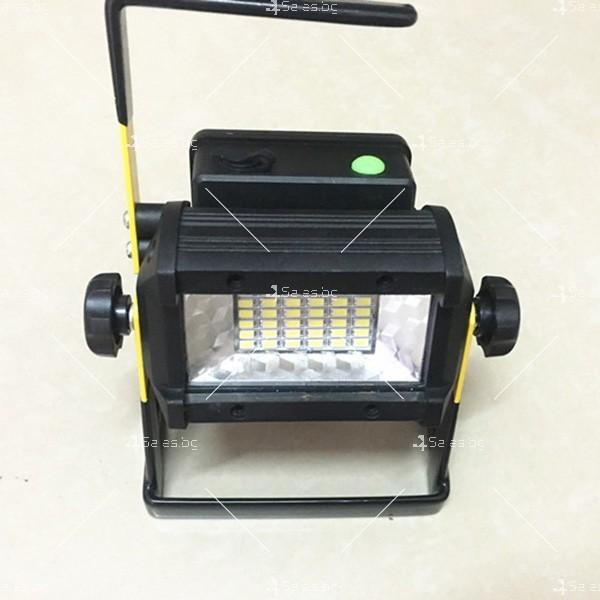 Преносим прожектор с вградени 36 LED лампи GDL2 8