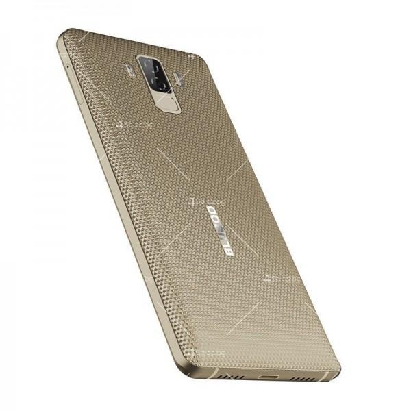 Bluboo S3 смартфон с 3 камери, 4GB RAM, 2 СИМ карти и 8500 mAh батерия 5