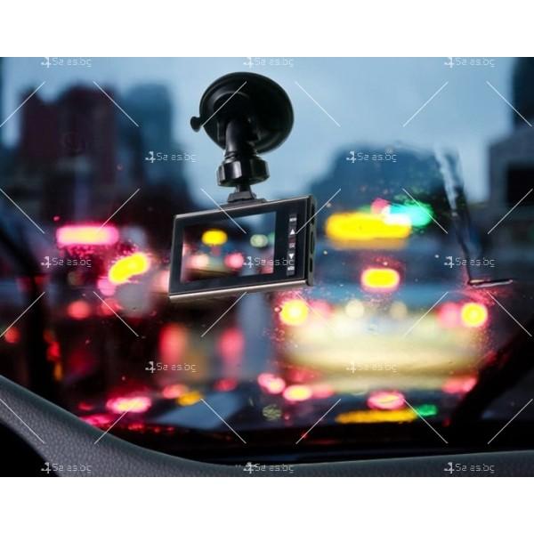 Стилен DVR в златисто или черно с 2,4 инча екран и голям ъгъл на виждане AC81 10