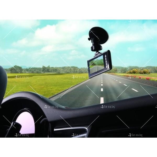 Стилен DVR в златисто или черно с 2,4 инча екран и голям ъгъл на виждане AC81 11