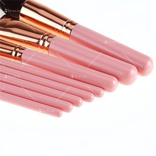 Стилна розова чантичка с 8 броя четки за перфектен грим HZS94 8