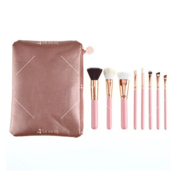 Стилна розова чантичка с 8 броя четки за перфектен грим HZS94 12