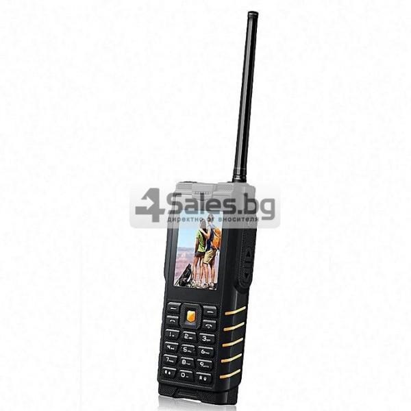 Мобилен телефон и радиостанция в едно със защита от прах, вода и удар iOutdoor T2 5