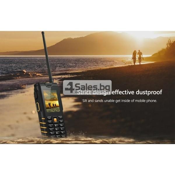 Мобилен телефон и радиостанция в едно със защита от прах, вода и удар iOutdoor T2 9