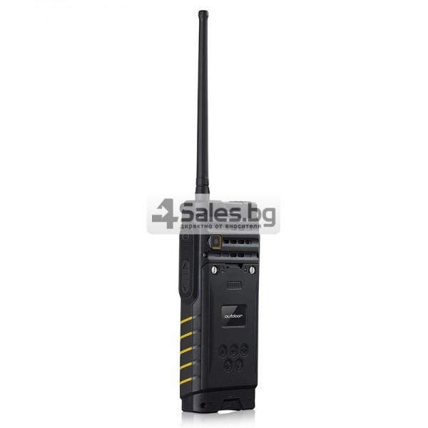 Мобилен телефон и радиостанция в едно със защита от прах, вода и удар iOutdoor T2 10