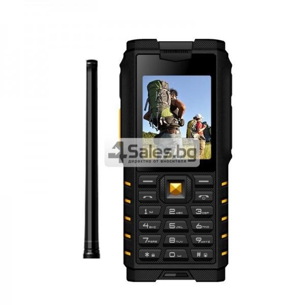 Мобилен телефон и радиостанция в едно със защита от прах, вода и удар iOutdoor T2 11