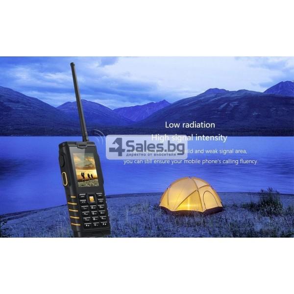 Мобилен телефон и радиостанция в едно със защита от прах, вода и удар iOutdoor T2 15