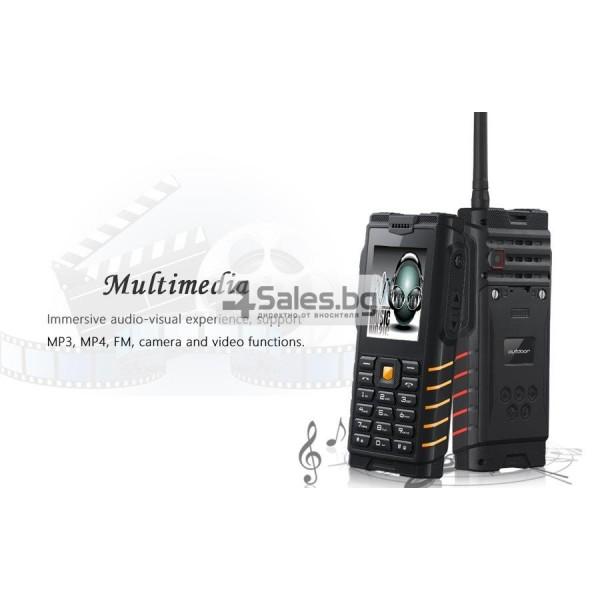 Мобилен телефон и радиостанция в едно със защита от прах, вода и удар iOutdoor T2 16