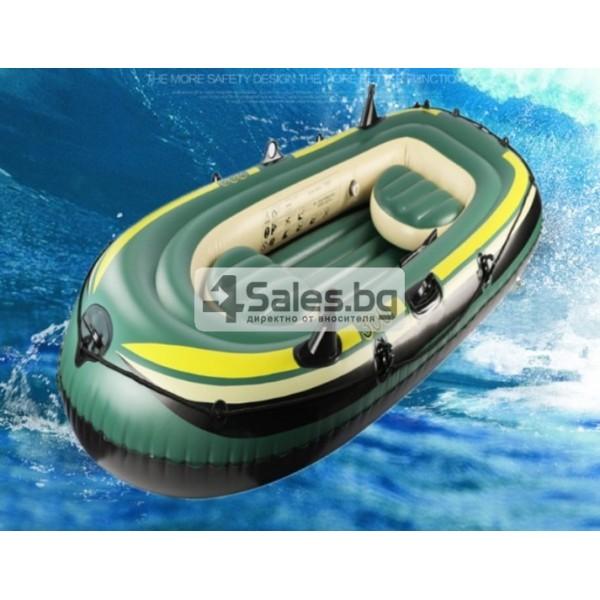 Надуваема PVC лодка с аксесоари подходяща за двама възрастни и дете BOAT-8