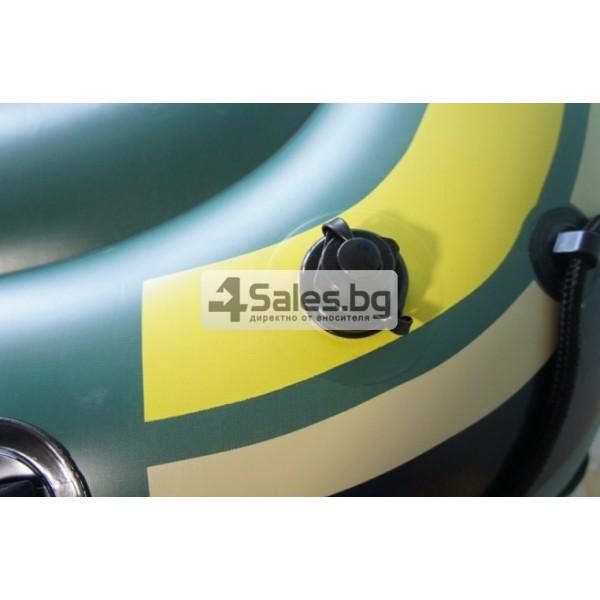 Надуваема PVC лодка с аксесоари подходяща за двама възрастни и дете BOAT-8 4