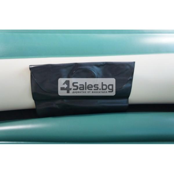 Надуваема PVC лодка с аксесоари подходяща за двама възрастни и дете BOAT-8 11