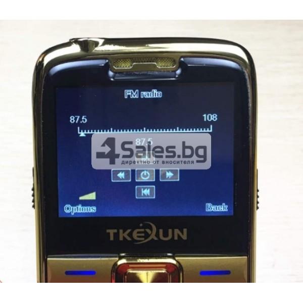 Телефон за възрастни хора с големи бутони и цветен 2,2 инча екран E71 9