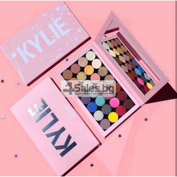 Палитра сенки за очи в 28 цвята KYLIE JENNER с магнитна основа HZS111 7