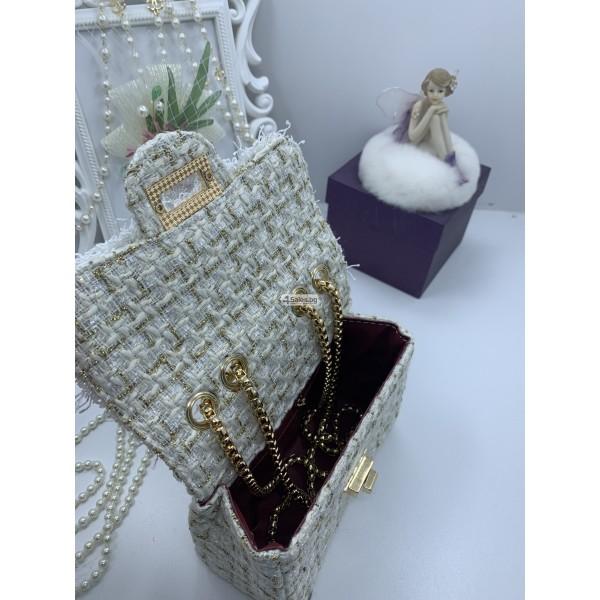 Стилна дамска чантичка с френски чар, с цветя и перли ZSB-S-12 4