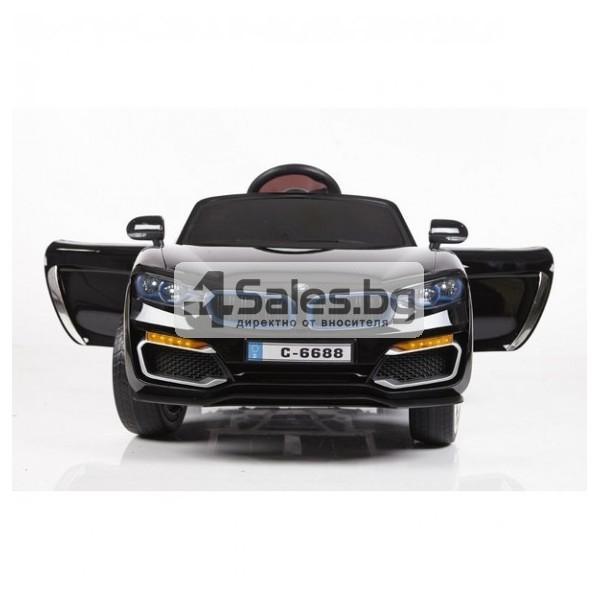 Ефектна детска кола с акумулаторна батерия детайлна реплика на BMW 6688 4