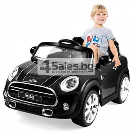 Детска кола с акумулаторна батерия реплика на Mini Cooper Hatch