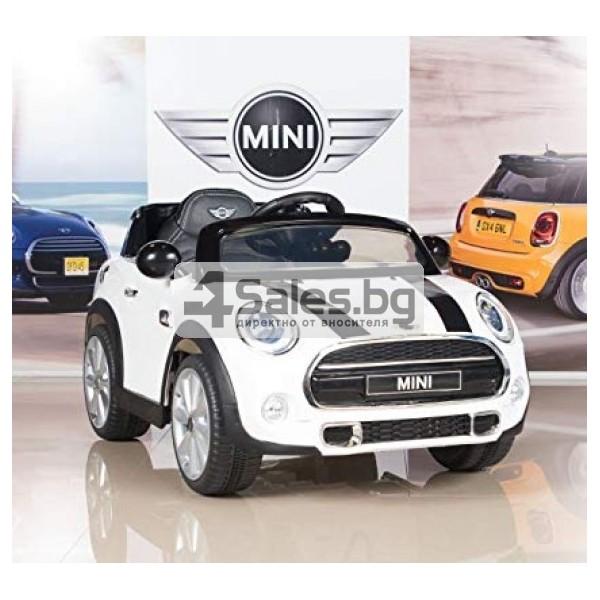 Детска кола с акумулаторна батерия реплика на Mini Cooper Hatch 8