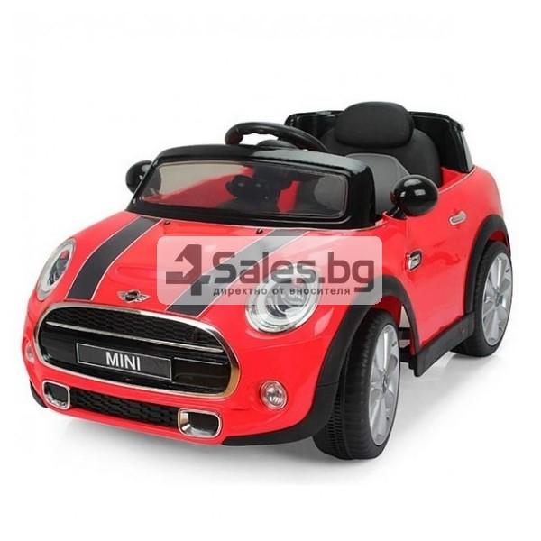 Детска кола с акумулаторна батерия реплика на Mini Cooper Hatch 11