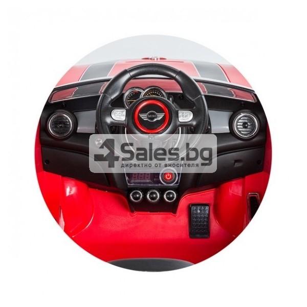 Детска кола с акумулаторна батерия реплика на Mini Cooper Hatch 13