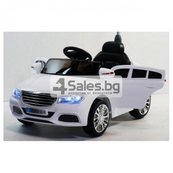 Детска кола с акумулаторна батерия детайлна реплика на Mercedes XMX-816 4