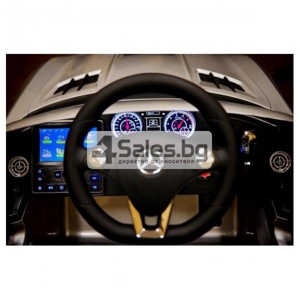 Детска кола с акумулаторна батерия детайлна реплика на Mercedes Benz SLS AMG 4