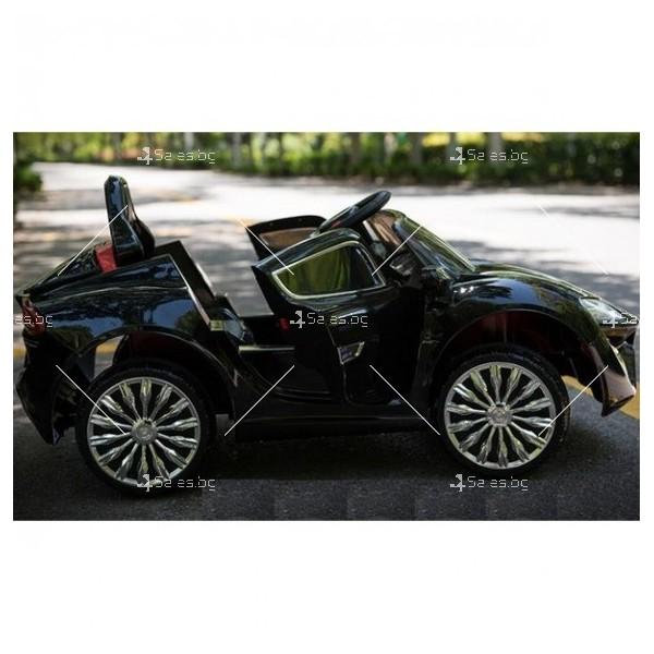 Едноместна детска кола с акумулаторна батерия детайлна реплика на Porsche WXE 7
