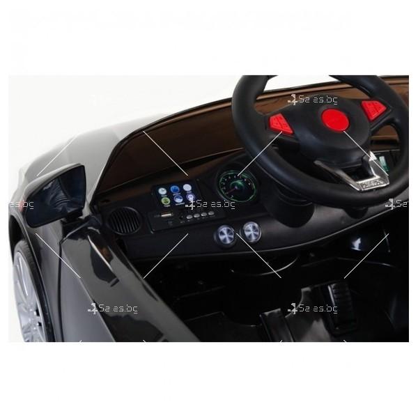 Едноместна детска кола с акумулаторна батерия реплика на Mercedes XMX-825 8