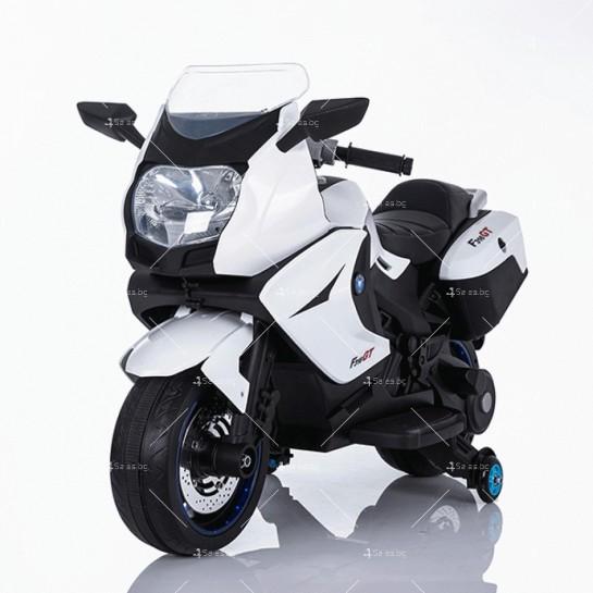 Акумулаторен мотор с меки гуми и кожена седалка XMX 316 12V