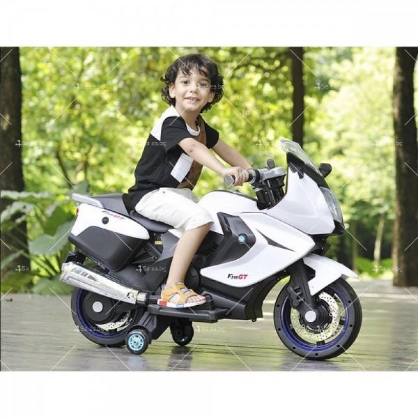 Акумулаторен мотор с меки гуми и кожена седалка XMX 316 12V 5