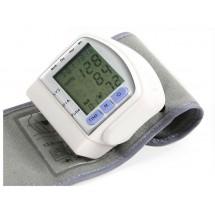 Апарат за измерване на кръвно налягане за китка с дигитален циферблат