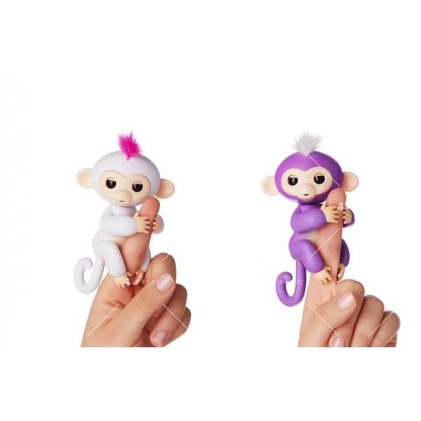 Интерактивна играчка маймунка Fingerlings 2