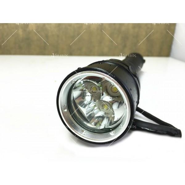 Мощно водоустойчиво фенерче с 3 LED крушки FL42 3