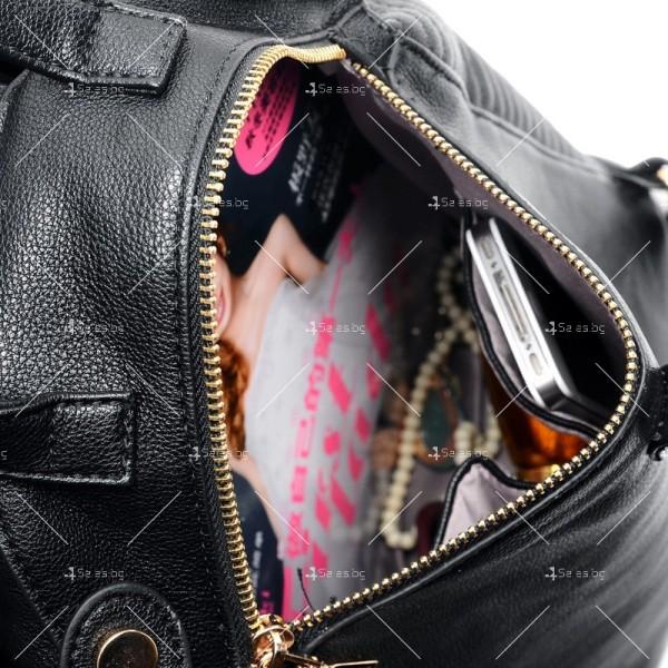 """Екстравагнтна дамска раница вдъхновена от класическото кожено """"мото"""" яке BAG83 2"""